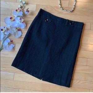 ANN TAYLOR black skirt size 6P petite pencil